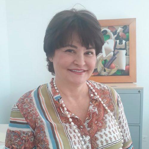 Dra. Gloria Velásquez